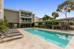 luxury-hastings-street-noosa-resort-6