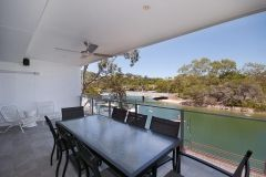 Noosa-Riverfront-Accommodation-1