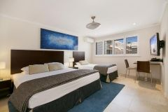 Studio-Apartment-Accommodation-Noosa-1
