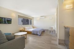 Studio-Apartment-Accommodation-Noosa-5